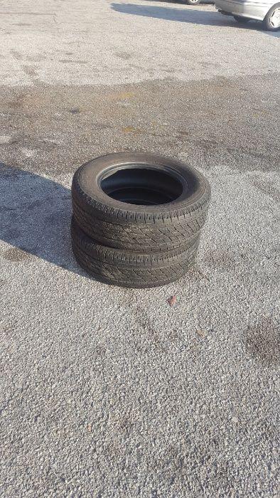 2 броя Зимни гуми Toyo 215/65/16 98H