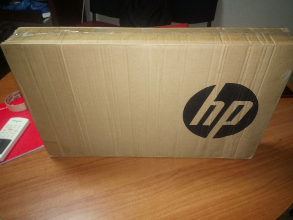 """HP 250 G6 i3-7020U 15.6"""" 4GB 500GB Win10Pro Novo"""