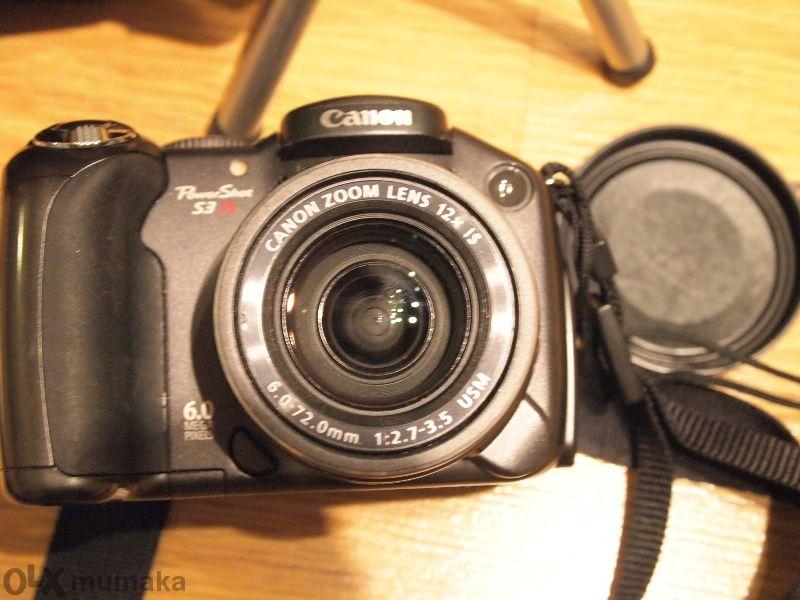 Canon Powershot S3 Is, с чантичка и стойка Hama. Като нов.