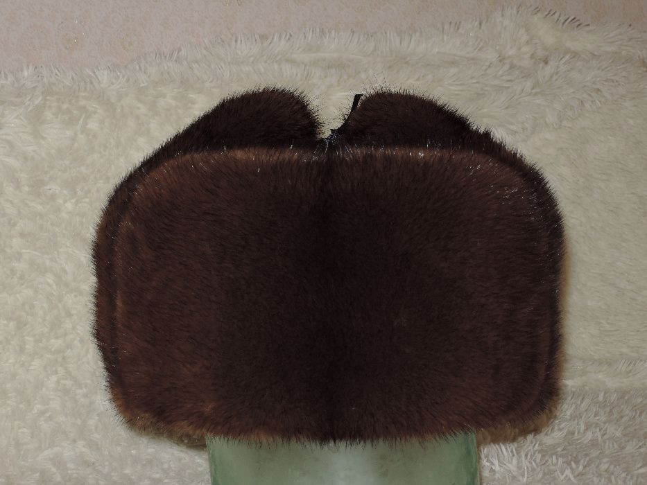 Продам мужскую полную норковую шапку и кожаную кепку