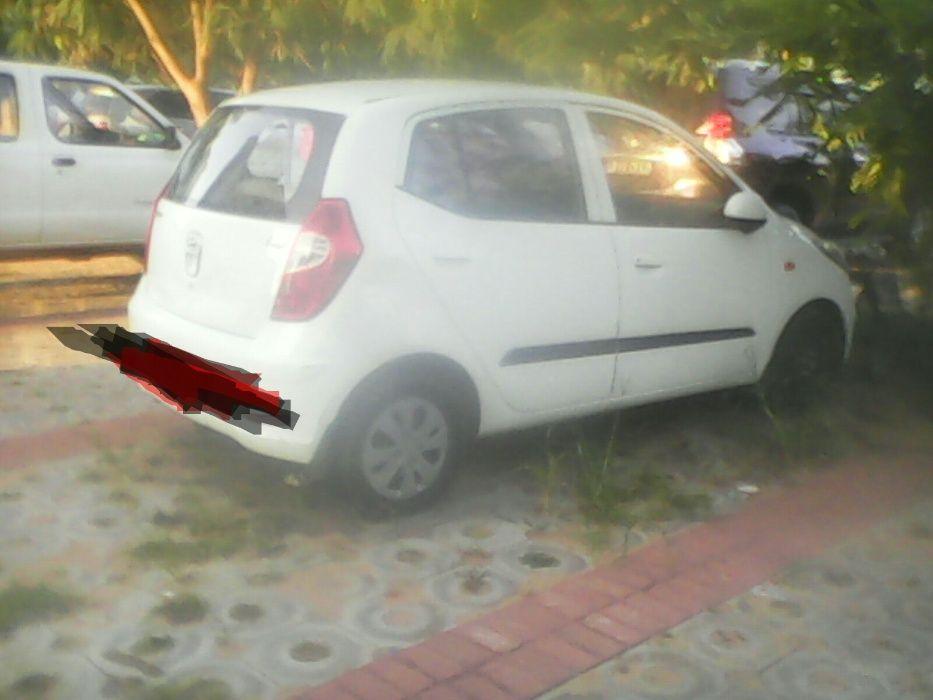 Hyundai I10 branco à venda