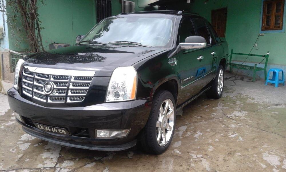 Cadillac Scalade 6.2L