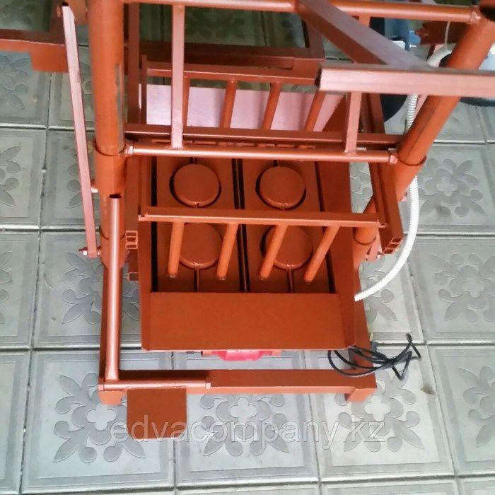 Станок для производства шлакоблока