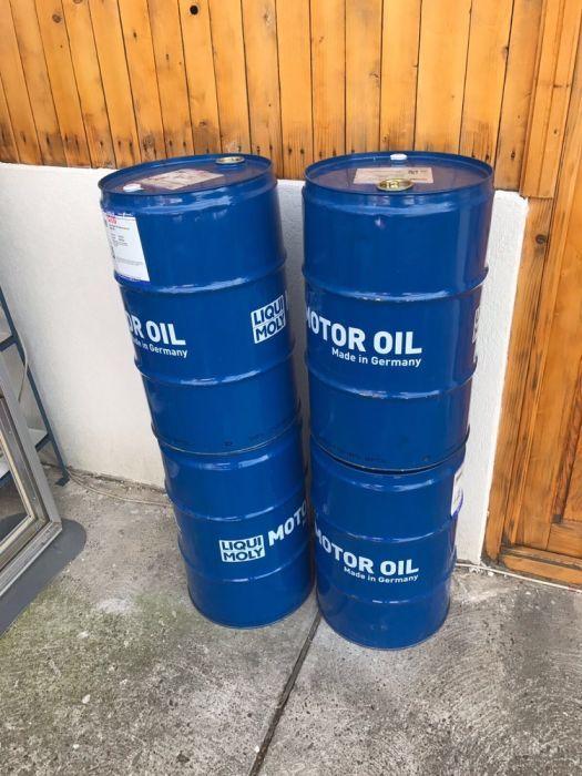 Vand butoaie metalice 60 litri