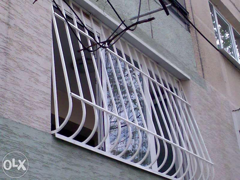 Решетки за прозорци,за балкони,за врати и др.