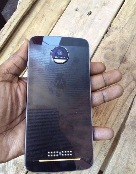 Motorola Moto Z 32gb fora da Caixa super novo