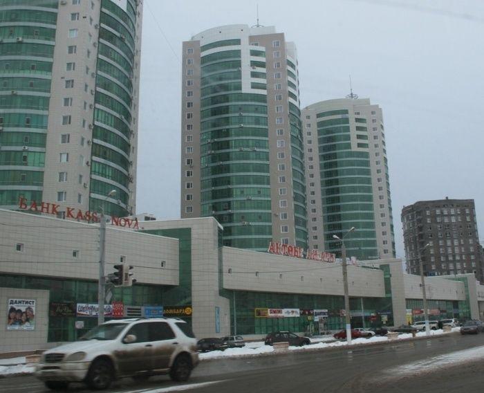 Продам 35 кв.м на 3 этаже в ТД «Актобе Ажары» г. Актобе