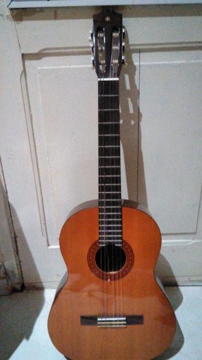 Guitarra Acústica (Viola) Yamaha