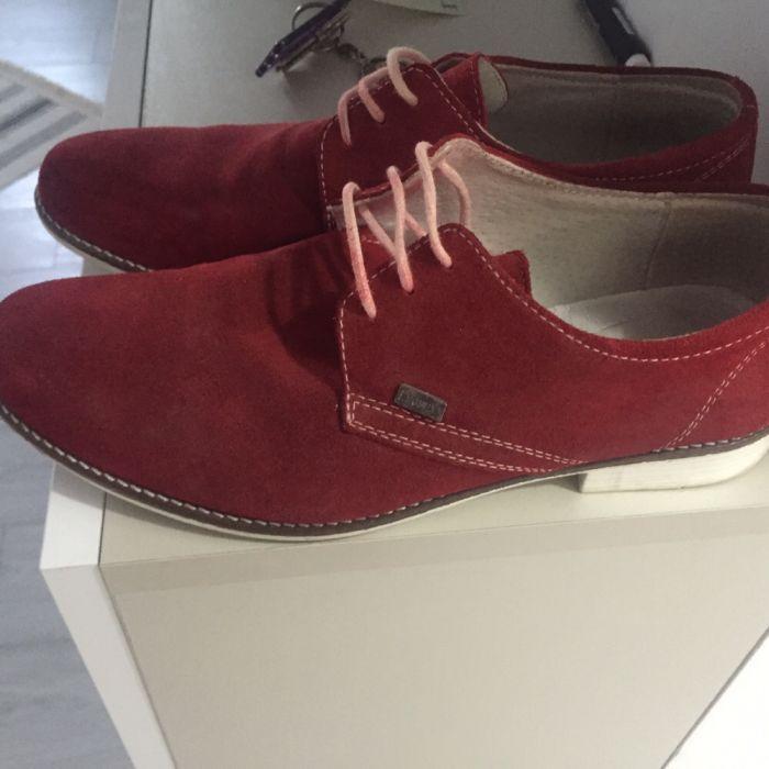 Vând pantofi piele întoarsă