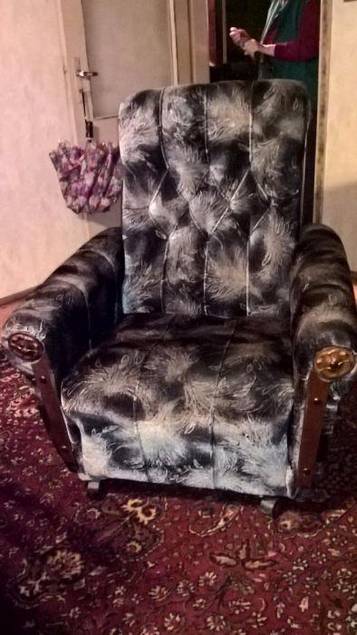 Мека мебел - Разтегателен диван + два фотьойла