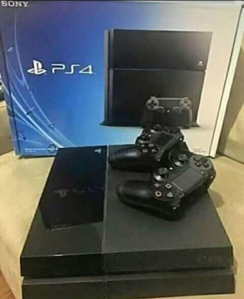 PS4 de marca