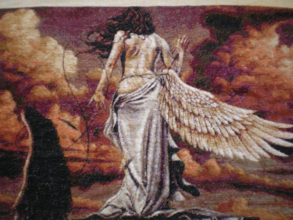 """Гоблен """"Раненият ангел"""""""