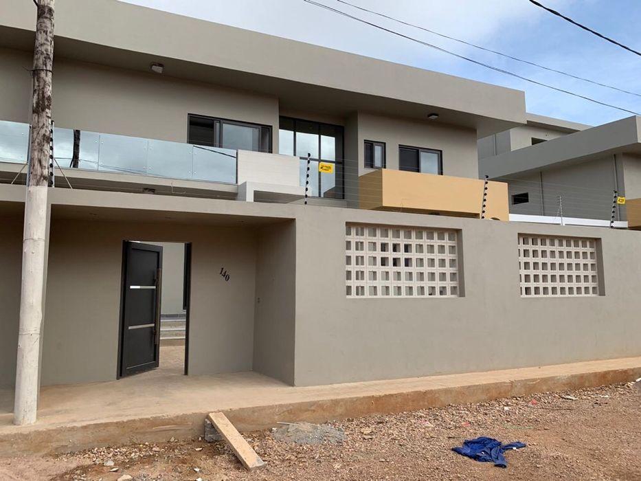 Casa no Triunfo (Costa de sol) / 2 pisos