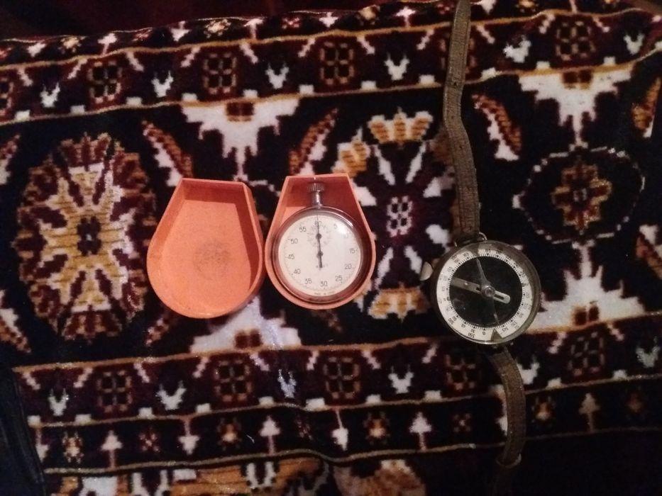 Военен компас и хронометър