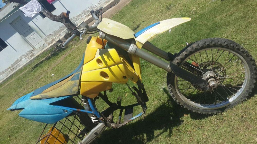 Quatro de Motocross 450cc