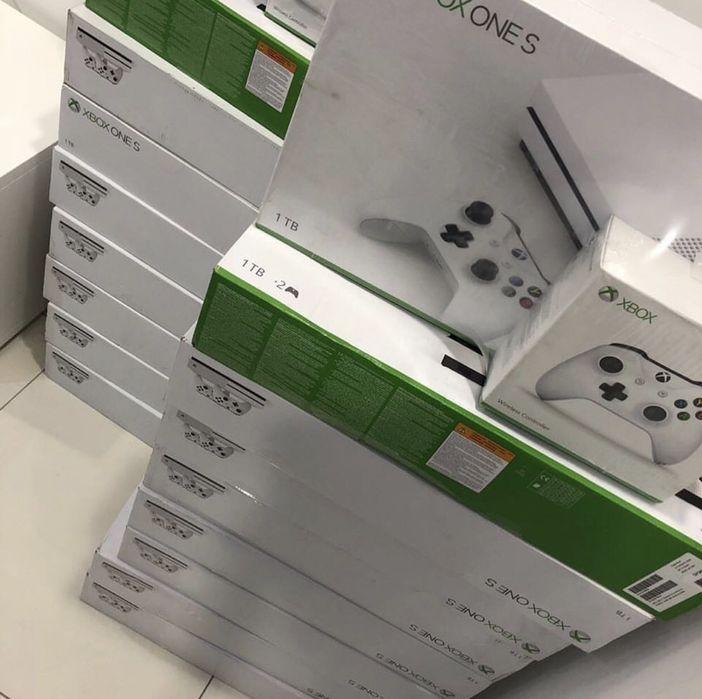 Xbox Slim 1TB (2 Joysticks) Selados
