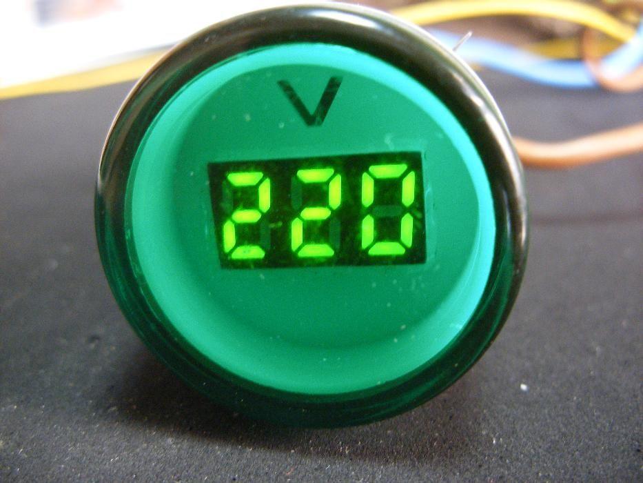 Волтметър променливо напрежение AC 60 - 450v кръгъл цифров дигитален