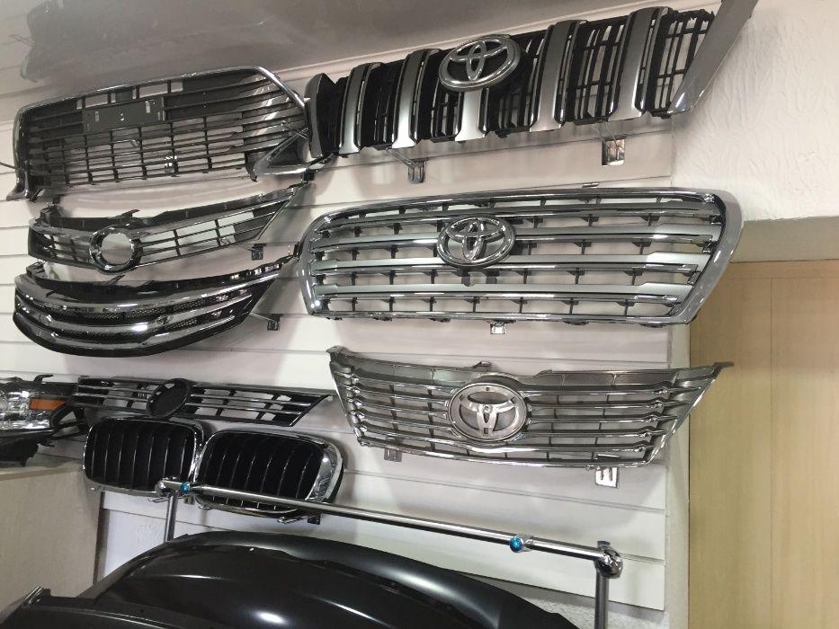Решетка радиатора Toyota Camry 50