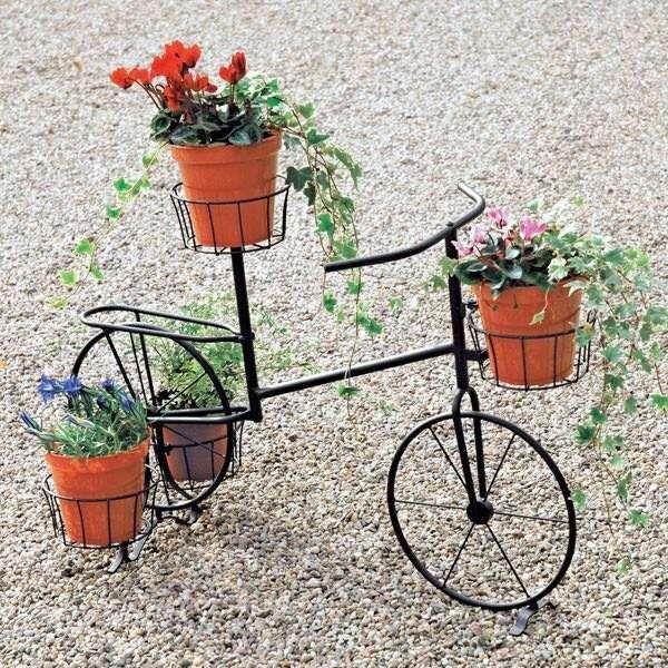 Estrutura metal de biscicleta pra rosas