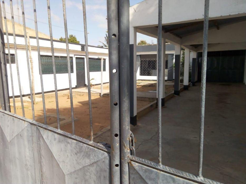 Vende-se um condomínio no bairro das Mahotas Bairro - imagem 5