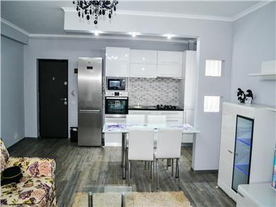 Apartament 3 camere , terasa +gradina,zona Andrei Muresanu