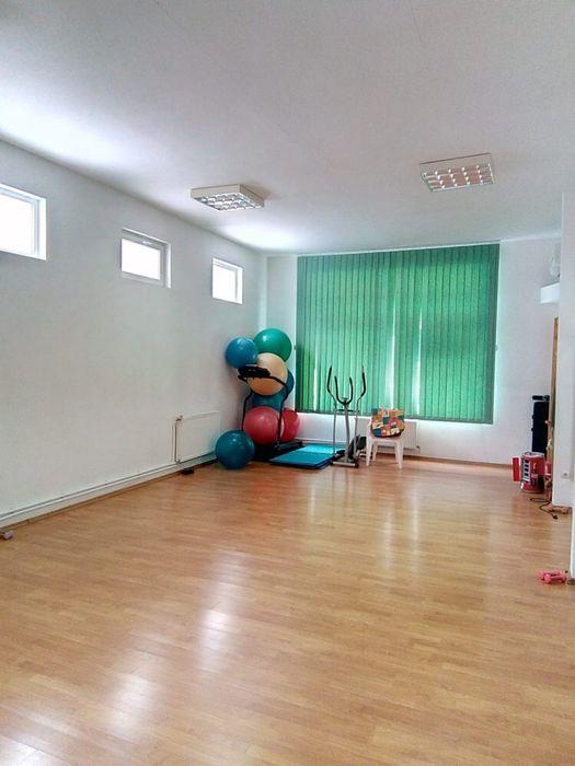 Spatiu comercial cabinete med sala sport