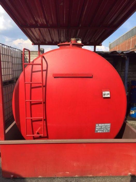 Rezervor bazin stație motorina cu pompa Piusi 9000 litri