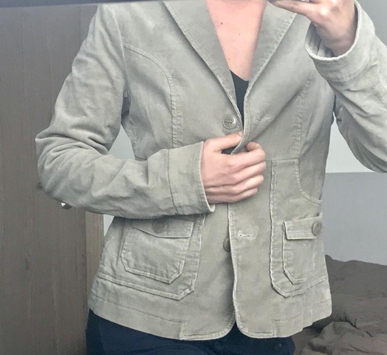 Ново велурено сако Sisley
