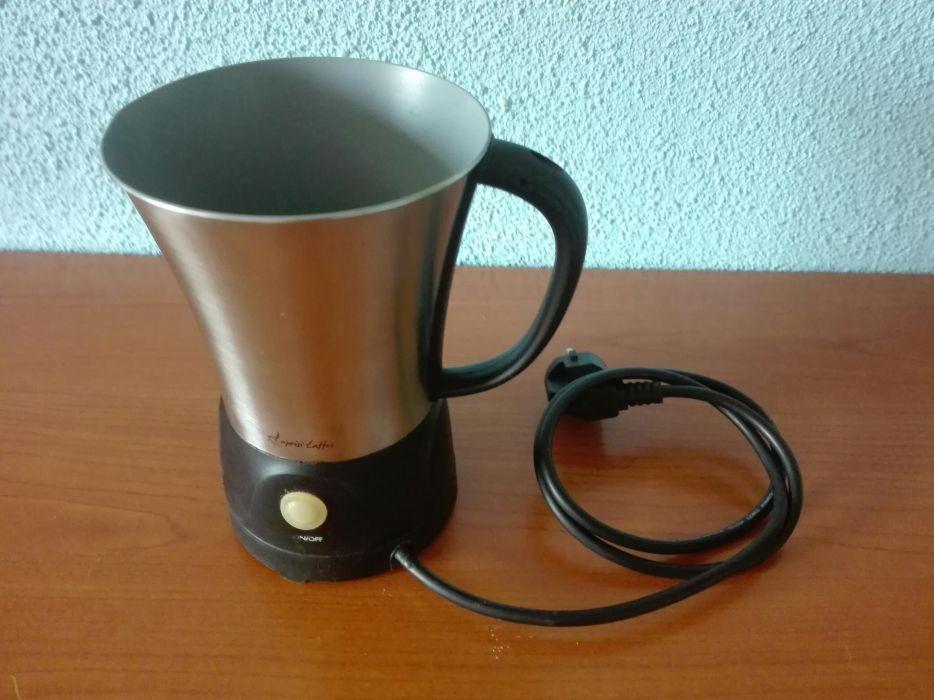 Cana electrica pentru milkshake