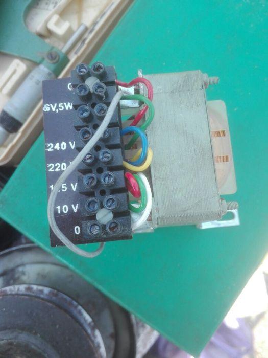 Transformatoare de 220/6 v