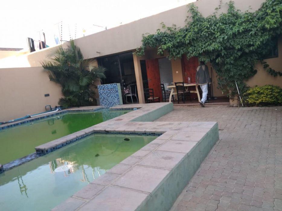 Arrenda se moradia duplex t4 mega luxuosa e c piscina no Triunfo Velho