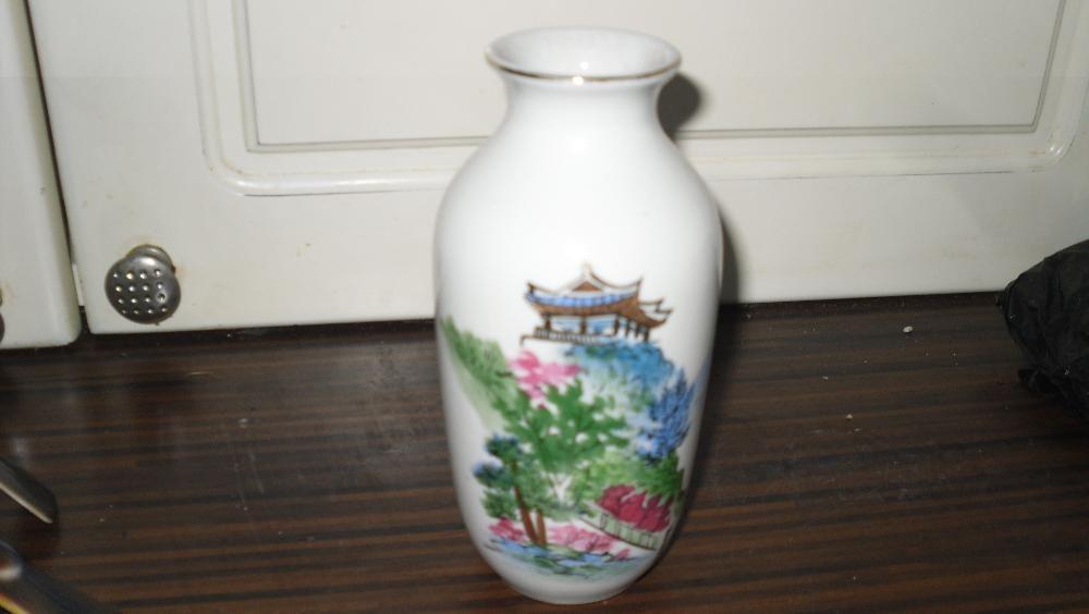 Vaza Ming cu pagoda 15 cm portelan Made in China