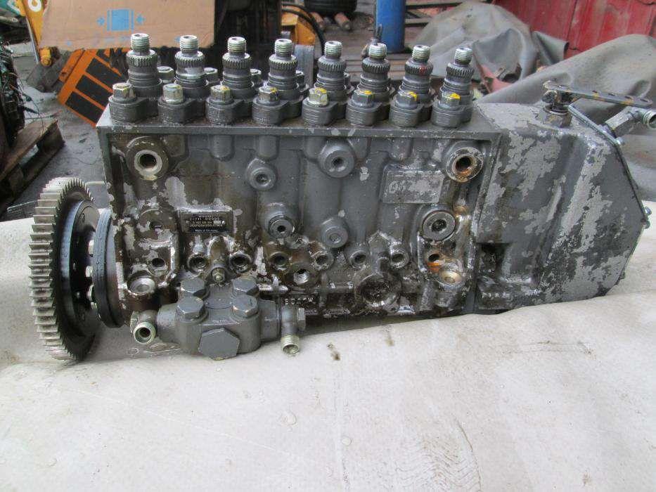 Pompa de injectie Bosch PE8P120A300LS7946 - motor Deutz 8v