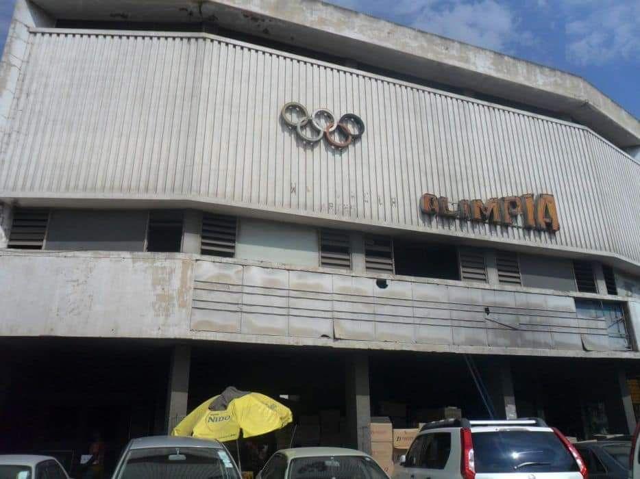 Arrenda-se cinema olimpio no Xipamanine