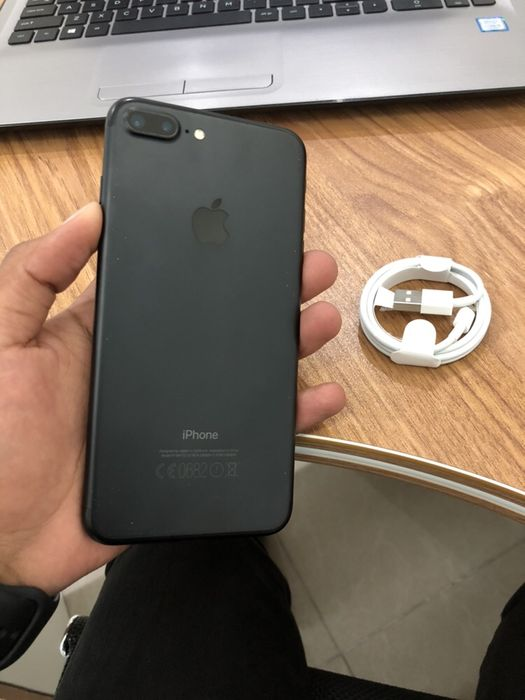 iPhone 7 Plus 256GB com Cabo