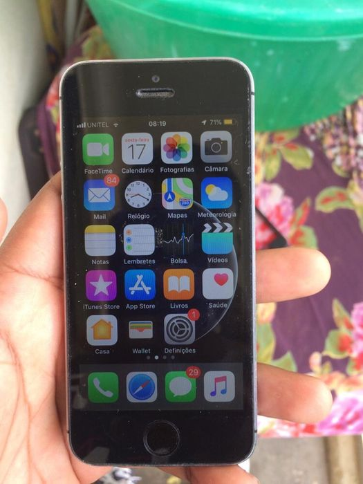 iPhone 5S limpo