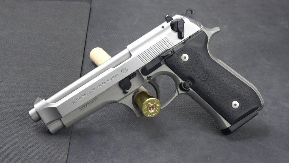 Pistol MODIFICAT/ Full Metal Semi - Auto/ CO2-Cybergun/ Airsoft gazarc