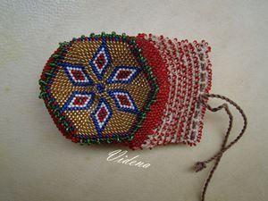 Торбичка украсена с мъниста