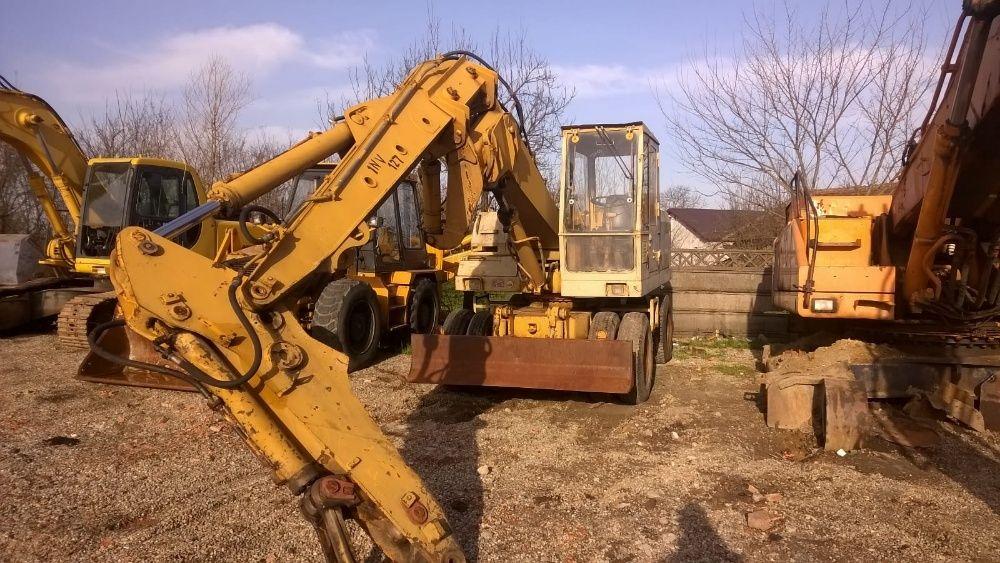 Dezmembrez excavator Liebherr A 911 C