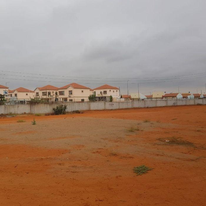 Casa no condomínio Sanguluca