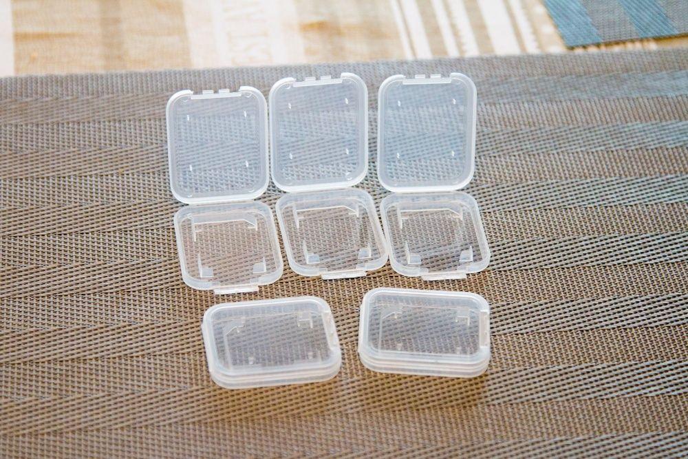Vand cutii din plastic pentru protectie/pastrare carduri SD