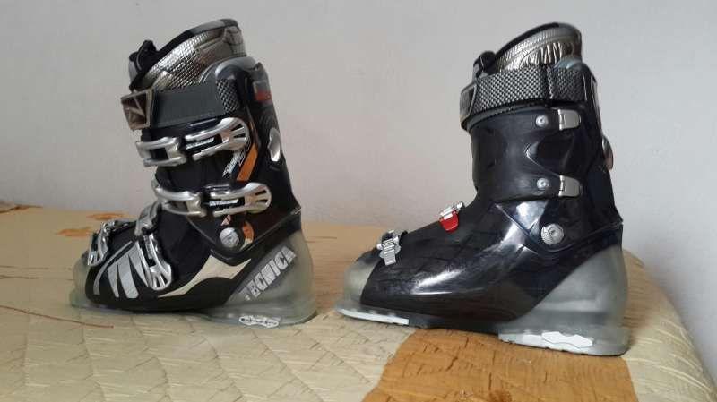 Ски обувки Tecnika