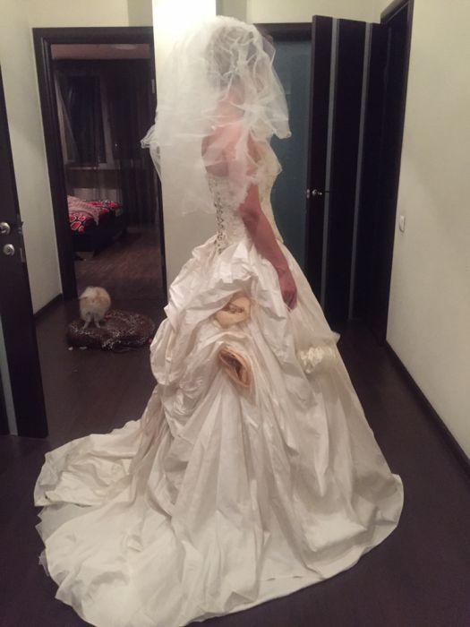 Эксклюзивное свадебное платье от французского кутюрье Anne French