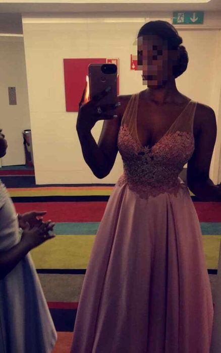 Vestido rosa comprido Vila Alice - imagem 2