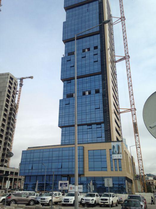 ARRENDO: 300m2 de escritório Edifício KILAMBA