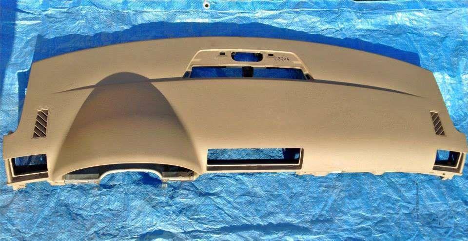 AUDI A4 B7 model 2005-2007 Plansa bord culoare CREM cu Airbag pasager