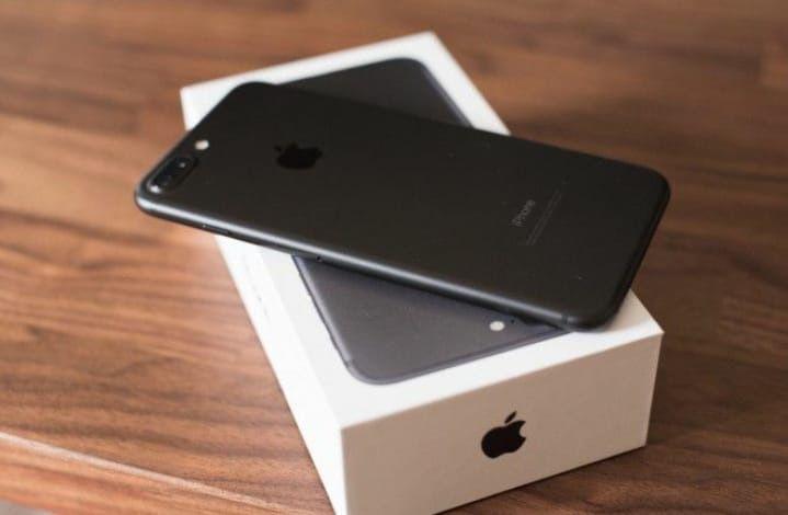 IPhone 7 Plus 128GB novo na caixa celado