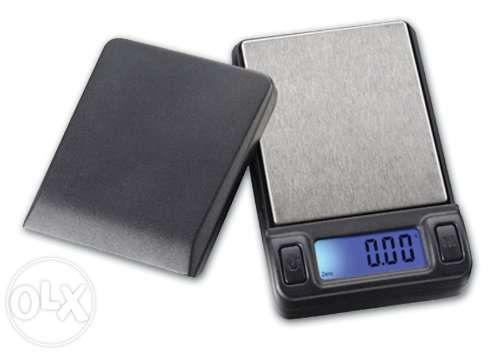 Cantar electronic de mare precizie cu platou inox - 500g x 0.1g