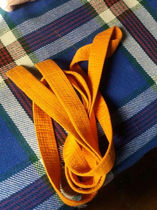 Cinturão cor de laranja