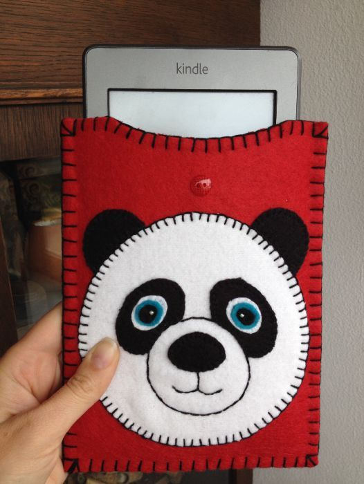 Huse protectie Kindle bufnita, handmade din fetru si alte materiale.